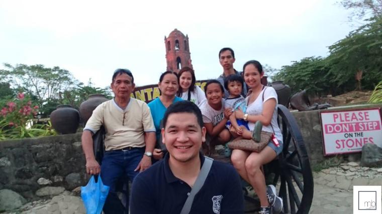 family_in_vigan.png